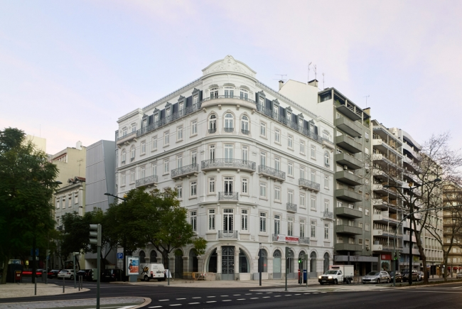 BUILDING LOCATED AT 37, REPUBLICA ST,. LISBON